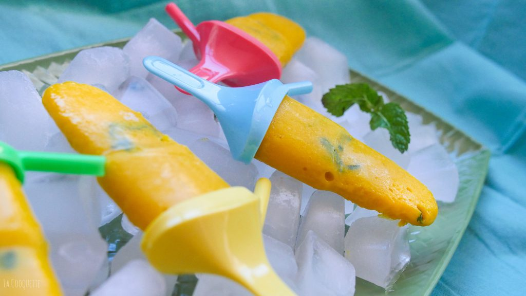 Turmeric and Ginger Mango Paletas – La Cooquette – Perfect popsicles, cool treats for summer! Also a very healthy snack packed with goodness!