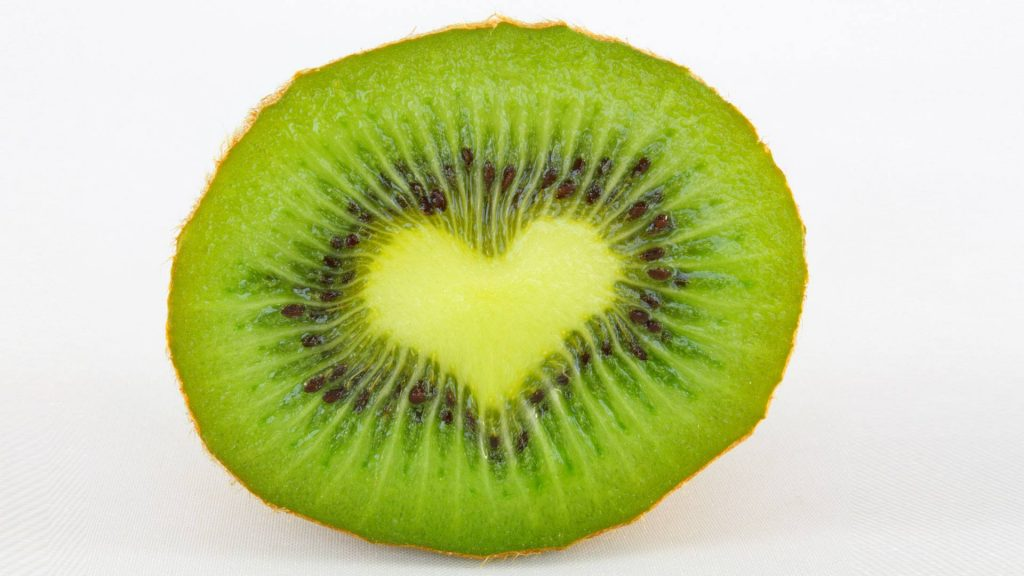constipation-during-pregnancy-la-cooquette-kiwi-fruit